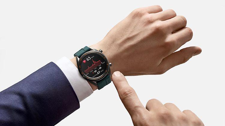 Huawei Watch GT 2 Anzug.jpg