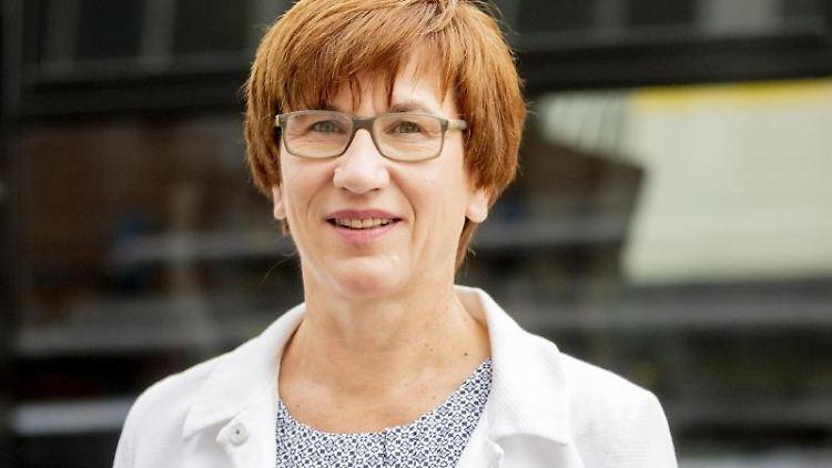 Kathrin Schneider (SDP), bisherige Verkehrs- und Bauministerin von Brandenburg. Foto: Christoph Soeder/dpa/Archiv