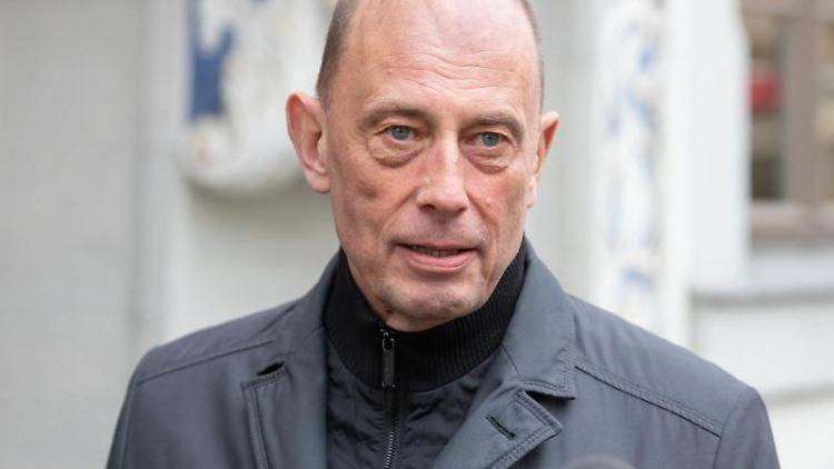 Wolfgang Tiefensee (SPD), Thüringens Wirtschafts- und Wissenschaftsminister. Foto: Michael Reichel/dpa