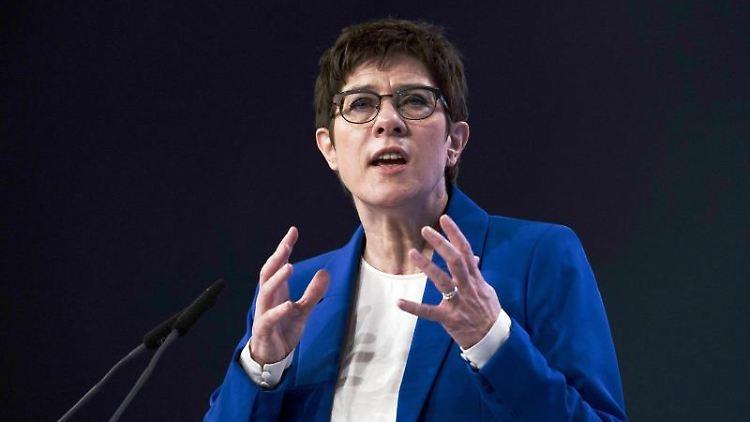 Annegret Kramp-Karrenbauer, Bundesvorsitzende der CDU und Verteidigungsministerin. Foto: Michael Kappeler/dpa