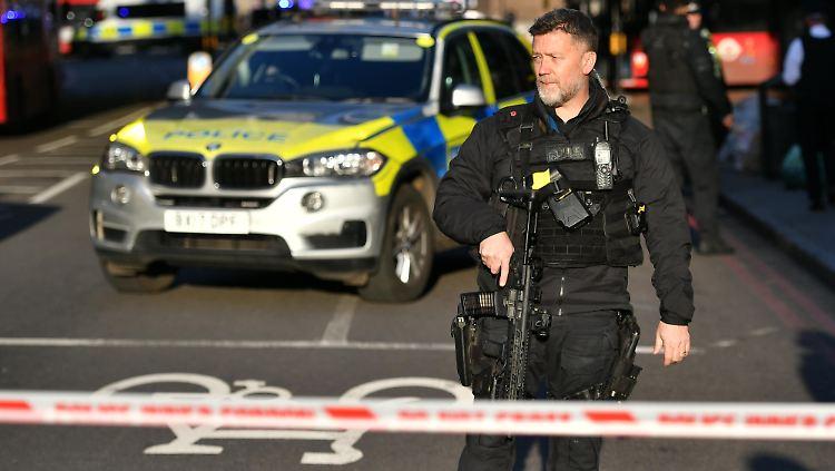 London: Koch bekämpfte Attentäter mit Narwal-Stoßzahn