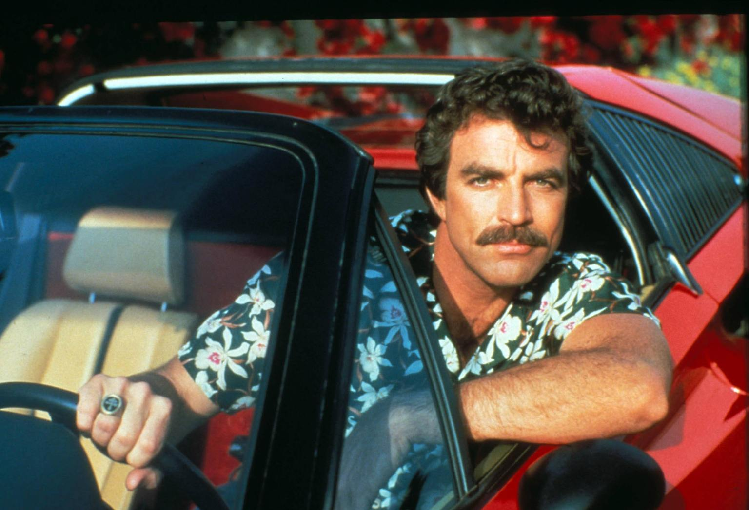 Hawaiihemd Ferrari Schnauzer Tom Selleck Auf Ewig Magnum N Tv De