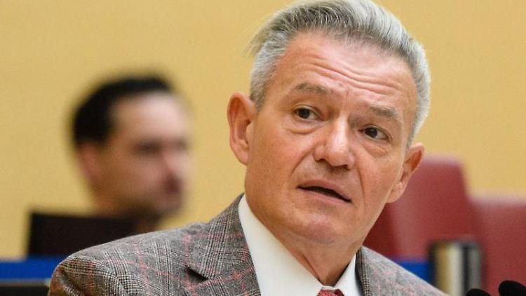 Horst Arnold, SPD-Fraktionsvorsitzender im bayerischen Landtag. Foto: Matthias Balk/dpa/Archivbild