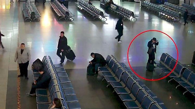 Tasche Flughafen Juwelen Vergessen China.JPG