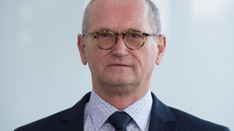 Karl-Heinz Binus, Präsident des sächsischen Rechnungshofes. Foto: Sebastian Kahnert/zb/dpa/Archivbild