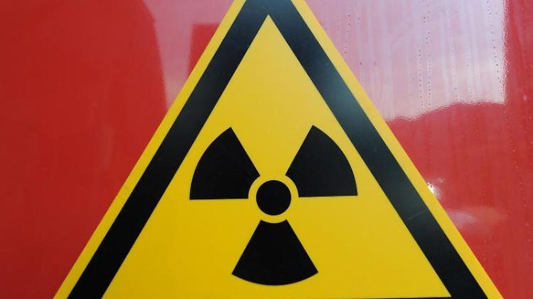 Ein Radioaktivätswarnschild. Foto: Patrick Seeger/dpa/Symbolbild