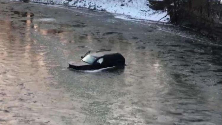 Auto Fluss.JPG