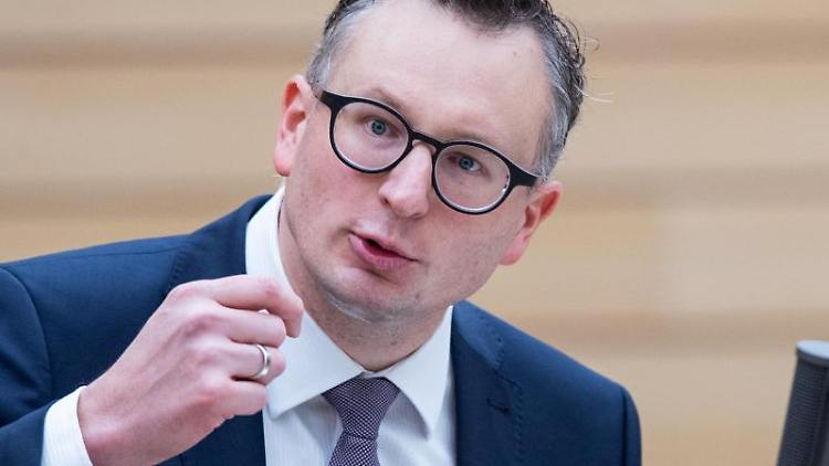 Andreas Schwarz, Fraktionsvorsitzender von Bündnis 90/Die Grünen in Baden-Württemberg. Foto: Tom Weller/dpa/Archivbild