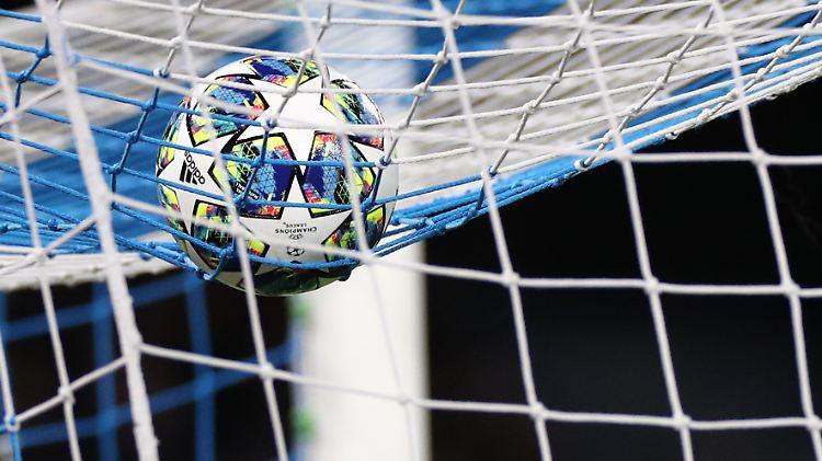 Fußball ist Ertragsperle: Adidas strebt neuem Rekord