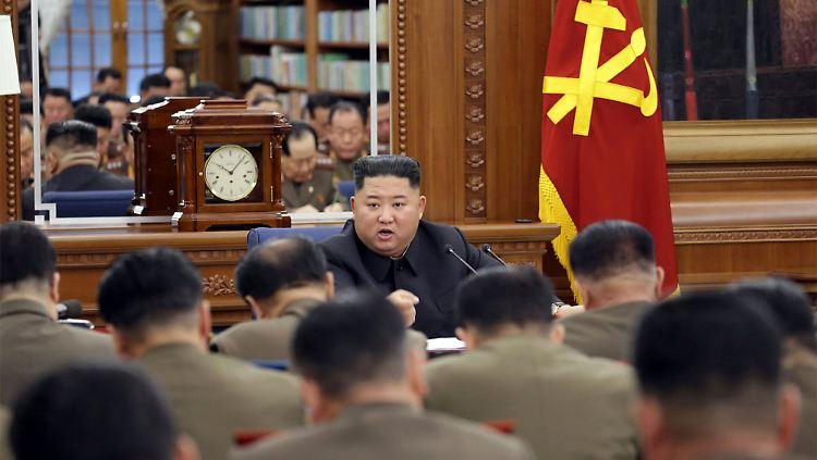 Atomstreit mit Nordkorea - Kim Jong Un droht mit Offensivmaßnahmen