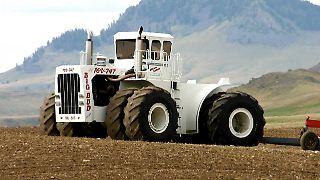 Seit 1977 steht der Big Bud 16V-747 mit 1100 PS als stärkster Traktor der Welt an der Spitze der Zugmaschinen.