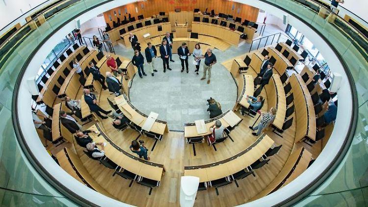Hessischer Landtag in einer Ansicht von oben. Foto: Frank Rumpenhorst/dpa/Archivbild