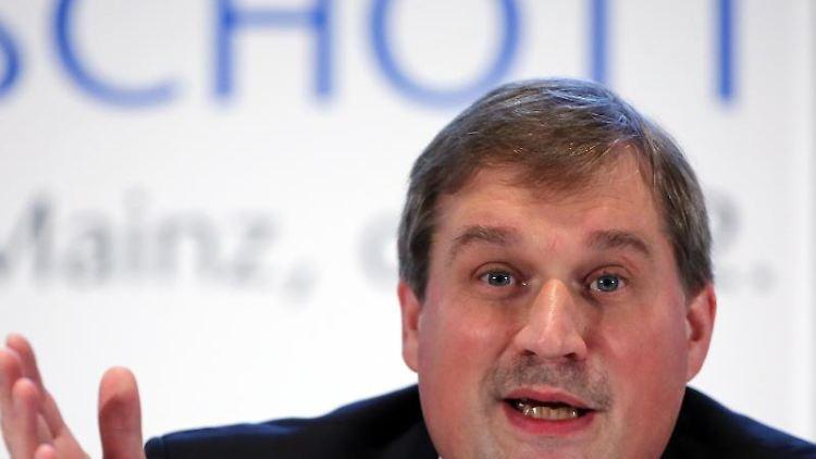 Schotts Vorstandsvorsitzender Frank Heinricht. Foto: Fredrik von Erichsen/dpa/Archivbild