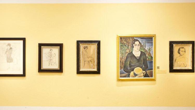 Wetrke der klassischen Moderne aus der Sammlung Frank Brabant in der Ausstellung in der Kunsthalle. Foto: Johannes Stein/zb/dpa/Archivbild