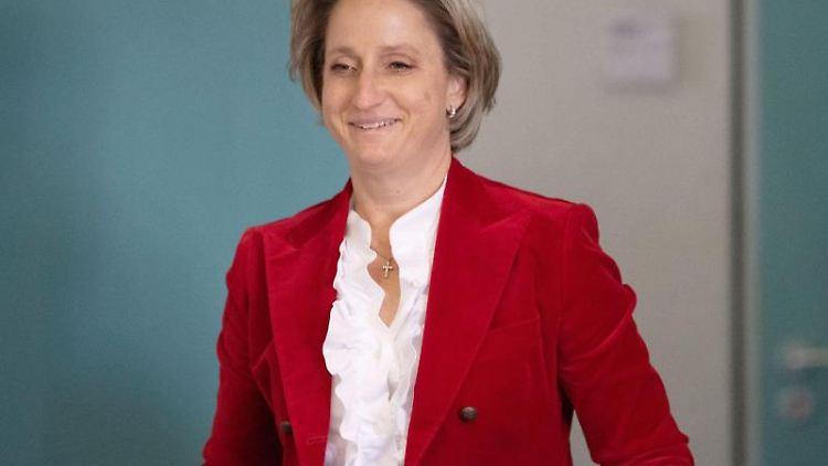 Nicole Hoffmeister-Kraut (CDU), Wirtschafts- und Arbeitsministerin in Baden-Württemberg. Foto: Marijan Murat/dpa/Archiv