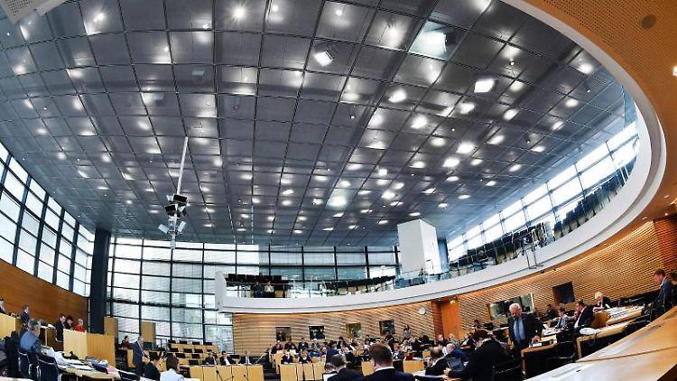 Eine Sitzung im Thüringer Landtag in Erfurt. Foto: Martin Schutt/dpa-Zentralbild/dpa/Archivbild