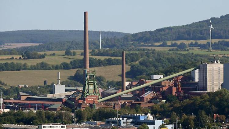 Blick auf das Kaliwerk Werra, Standort Hattorf, des Düngemittelherstllers K+S AG in Philippsthal. Foto: Uwe Zucchi/dpa/Archivbild
