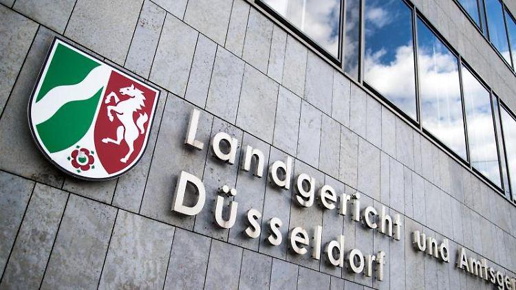 Das Landgericht und Amtsgericht Düsseldorf. Foto: Marcel Kusch/dpa/Archivbild