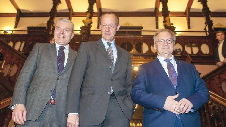 Holger Stahlknecht (l-r, alle CDU), Friedrich Merz und Reiner Haseloff. Foto: Klaus-Dietmar Gabbert/dpa-Zentralbild/dpa