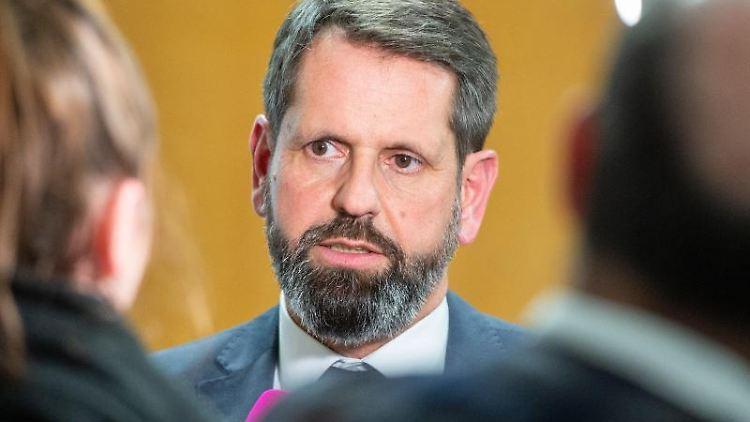 Olaf Lies (SPD), Umweltminister von Niedersachsen. Foto: Lucas Bäuml/dpa