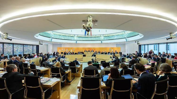 Der hessische Landtag während einer Plenarsitzung. Foto: Silas Stein/dpa/Archivbild
