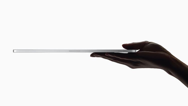 ipad-pro_hand-5mm_10302018.jpg