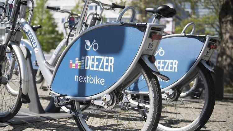 Nextbike-Räder. Foto: Robert Günther/dpa-tmn/Archivbild