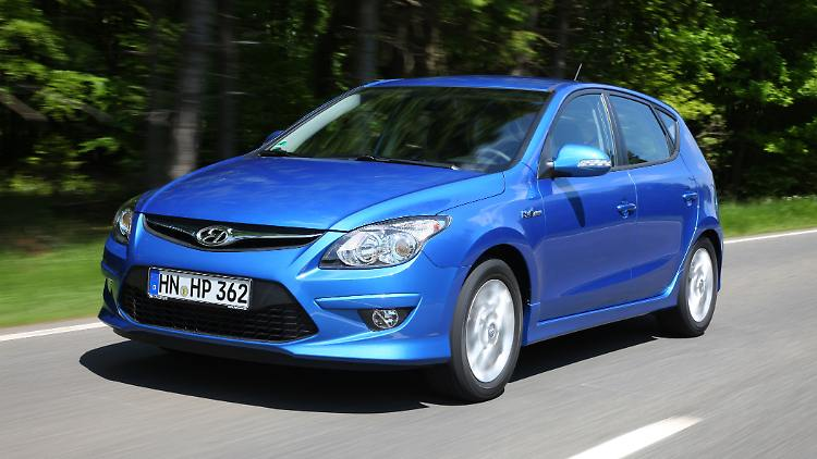 Hyundaii30101210.jpg
