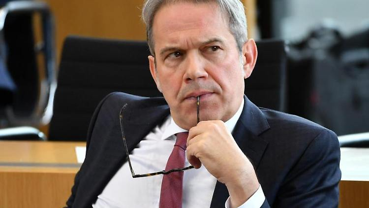 Innenminister Georg Maier. Foto: Martin Schutt/dpa-Zentralbild/dpa/Archivbild