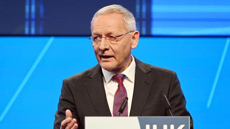 Wolfgang Grenke, Präsident der Industrie- und Handelskammer Karlsruhe (IHK). Foto: Uli Deck/dpa/Archivbild