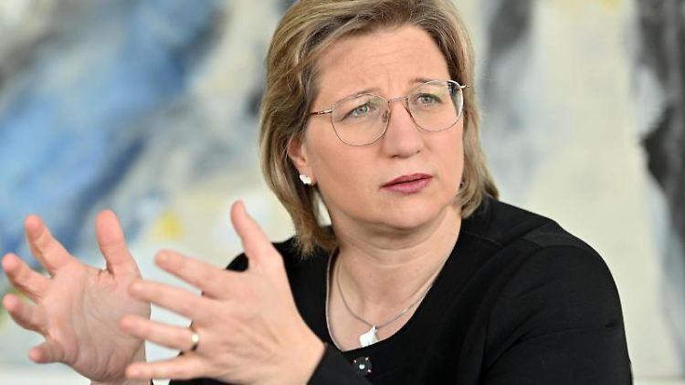Die saarländische Wirtschaftsministerin Anke Rehlinger (SPD). Foto: Harald Tittel/dpa/Archivbild