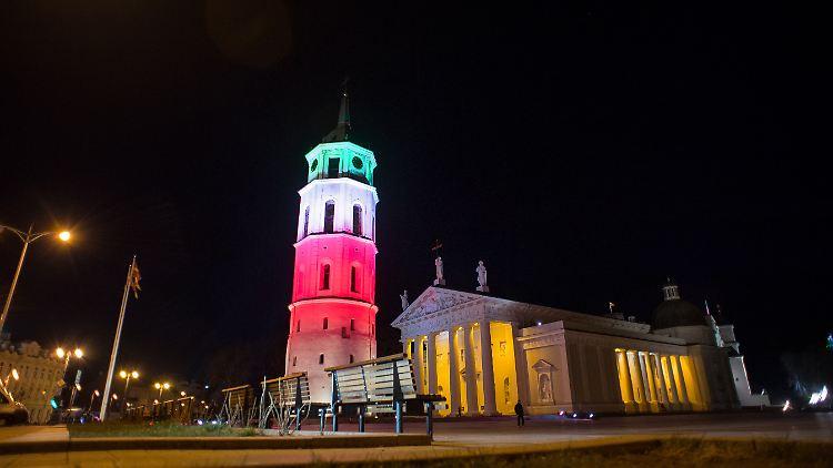 Italienische Nationalfarben in Litauen: Mit finanzieller Solidarität ist es in der Corona-Krise in Europa nicht weit her.