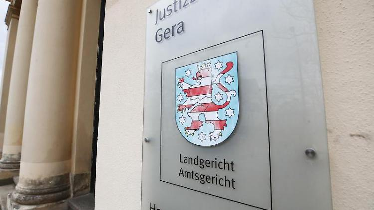 Das Justizzentrum mit dem Sitz des Landgerichtes und Amtsgericht. Foto: Bodo Schackow/dpa/Archivbild