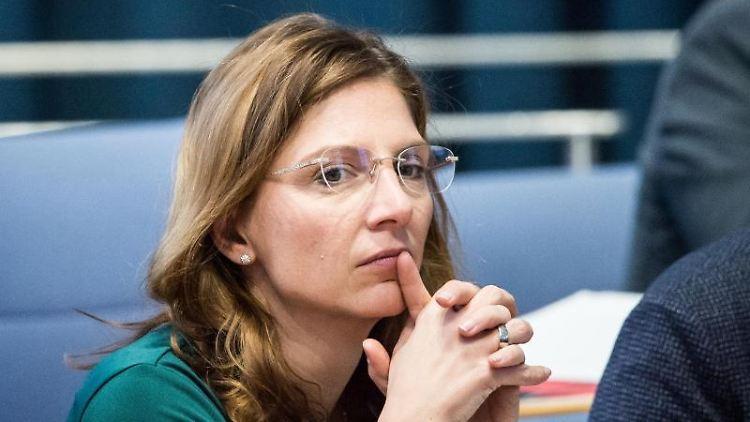 Sabine Bätzing-Lichtenthäler (SPD), Gesundheitsministerin von Rheinland-Pfalz. Foto: Andreas Arnold/dpa/Archivbild