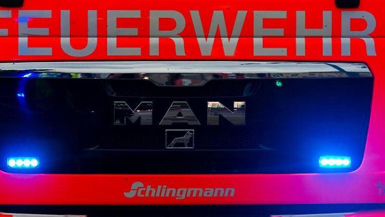 Ein Blick auf einen Einsatzwagen der Feuerwehr Oldenburg. Foto: Mohssen Assanimoghaddam/dpa/Symbolbild