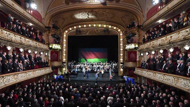 Festakt zum 70. Geburtstag des Landes Hessen im Staatstheater in Wiesbaden. Foto: Arne Dedert/dpa/Archivbild