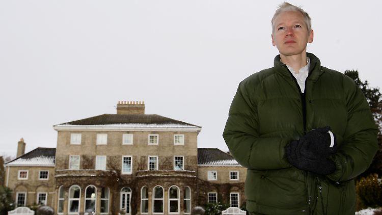 Britain_WikiLeaks_LKW104.jpg8033646932391928541.jpg