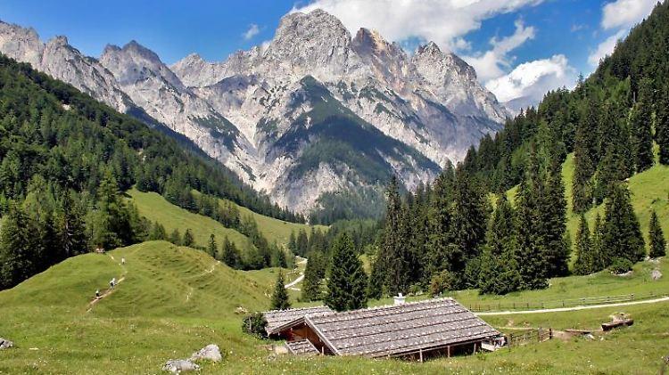 Bergpanorama bei der Bindalm im Nationalpark Berchtesgaden. Foto: Wagner Kurt/Nationalpark Berchtesgaden/dpa/Archivbild