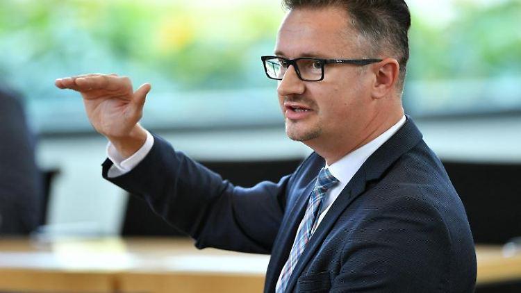 Christian Tischner (CDU) spricht im Thüringer Landtag. Foto: Martin Schutt/dpa-Zentralbild/dpa/Archivbild