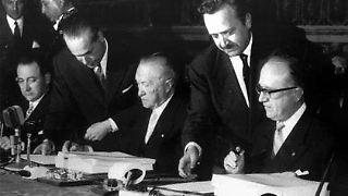 Keine zwölf Jahre nach dem blutigsten Krieg, den Europa je erlebt hat, wird in Rom ein Staatenbund aus der Taufe gehoben, der historisch ohne Beispiel ist: die Europäische Union.