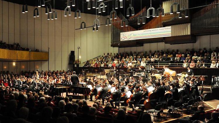 Ein Konzert im Kieler Schloss. Foto: picture alliance/dpa/Archivbild