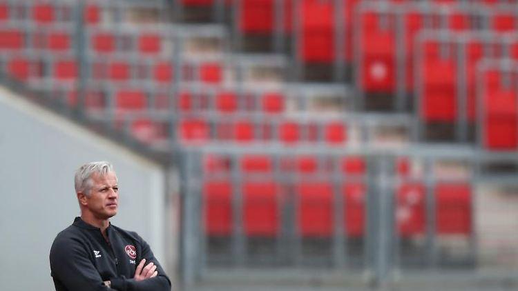 Nürnbergs Trainer Jens Keller. Foto: Daniel Karmann/dpa/Archivbild