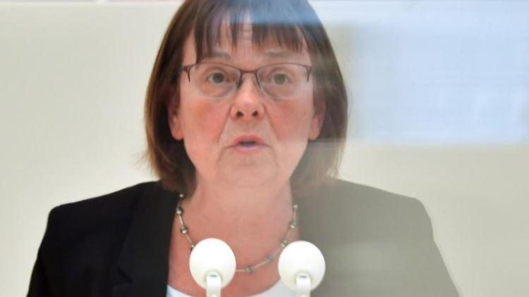 Ursula Nonnemacher (Die Grünen), Ministerin für Soziales, Gesundheit, Integration und Verbraucherschutz. Foto: Soeren Stache/dpa-Zentralbild/ZB/Archivbild