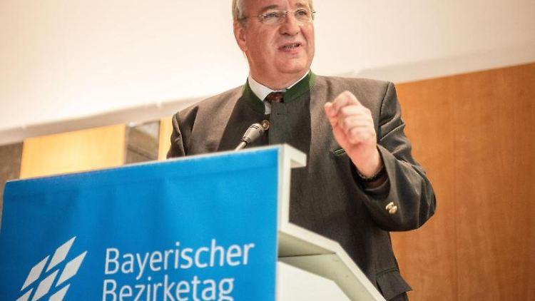 Franz Löffler (CSU), Präsident des Bayerischen Bezirketags. Foto: Nicolas Armer/dpa/Archivbild