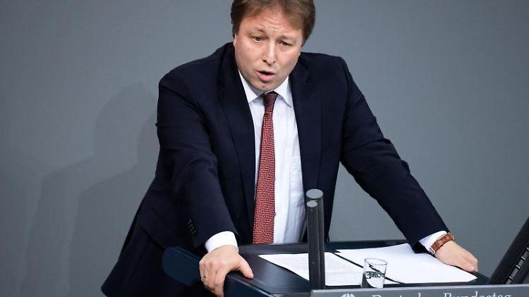 Sebastian Steineke (CDU) spricht. Foto: Bernd von Jutrczenka/dpa/Archivbild