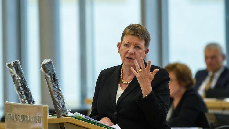 Claudia Dalbert,Umweltministerin von Sachsen-Anhalt, spricht im Landtag. Foto: Klaus-Dietmar Gabbert/dpa-Zentralbild/dpa