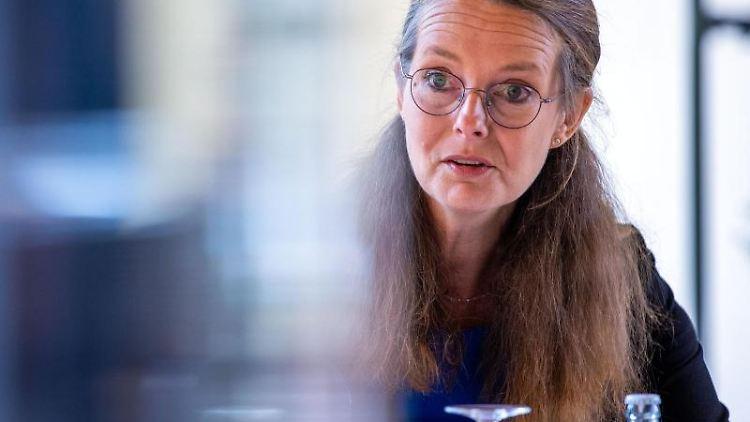 Bettina Martin (SPD) bei einer Veranstaltung. Foto: Jens Büttner/dpa-Zentralbild/ZB/Archivbild