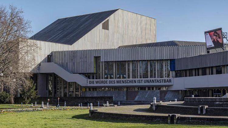 Badisches Staatstheater Karlsruhe. Foto: Uli Deck/dpa/Archivbild