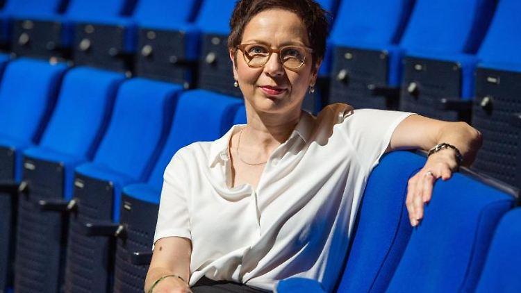 Sonja Anders, designierte Schauspiel-Intendantin im Staatstheater Hannover. Foto: Christophe Gateau/dpa/Archivbild