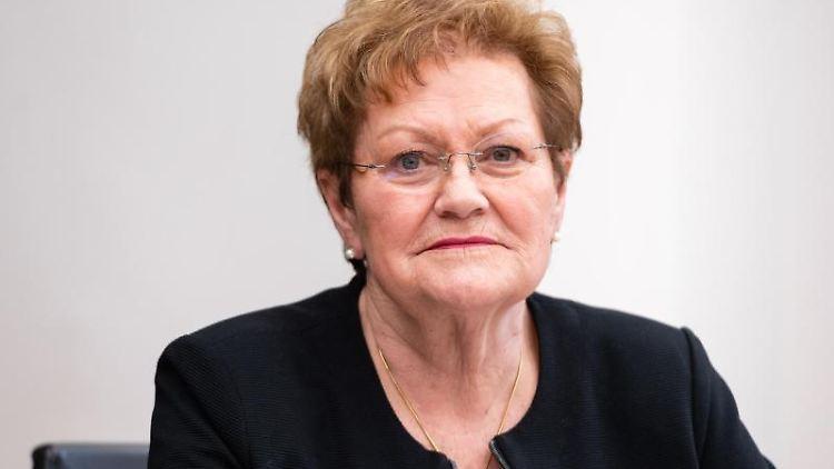 Monika Bachmann (CDU) sitzt imLandtag. Foto: Oliver Dietze/dpa/Archivbild